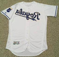 2019 KANSAS CITY ROYALS HOME GOLD GAME JERSEY BLANK BACK ISS